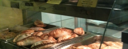 Julia's Empanadas is one of Lugares guardados de John.