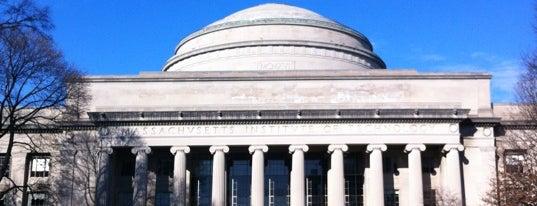 マサチューセッツ工科大学 (MIT) is one of Boston.