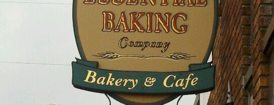 Essential Baking Company is one of Locais curtidos por Larissa.
