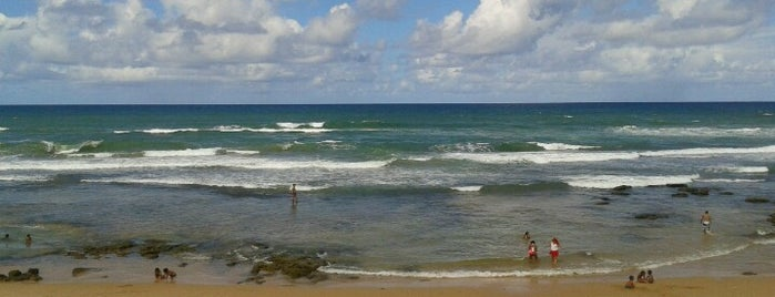 Praia de Ipitanga is one of conheço.