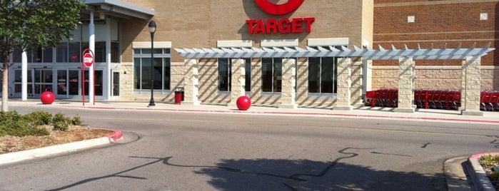 Target is one of Tempat yang Disukai Rachel.
