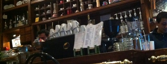 Il San Patrizio Caffé is one of สถานที่ที่บันทึกไว้ของ Dave.