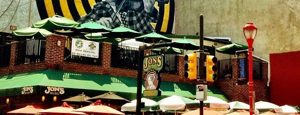 Jon's Bar & Grille is one of PXP.