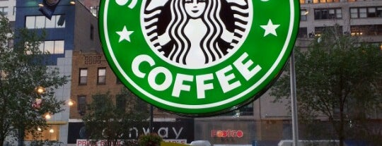 Starbucks is one of Locais curtidos por Marcello Pereira.