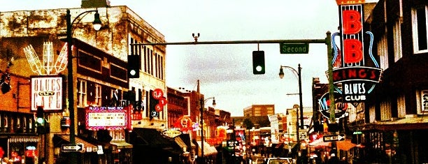 World Famous Beale Street is one of Mind-blowing Memphis Music.