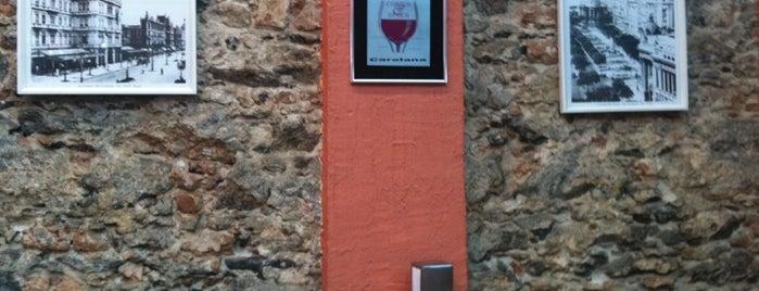 Confeitaria Carolana is one of Restaurantes.