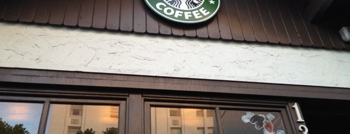 Starbucks is one of Duaneさんのお気に入りスポット.