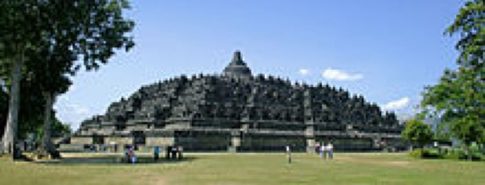 Candi Borobudur (Borobudur Temple) is one of wonders of the world.