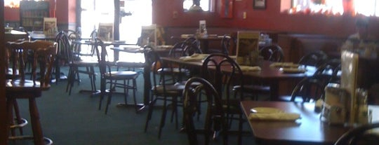 Granite Street Cafe is one of Zoe'nin Kaydettiği Mekanlar.