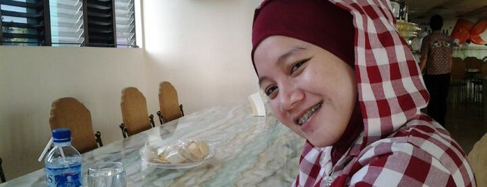 Rumah Makan Ulu Juku is one of Fadlul'un Beğendiği Mekanlar.