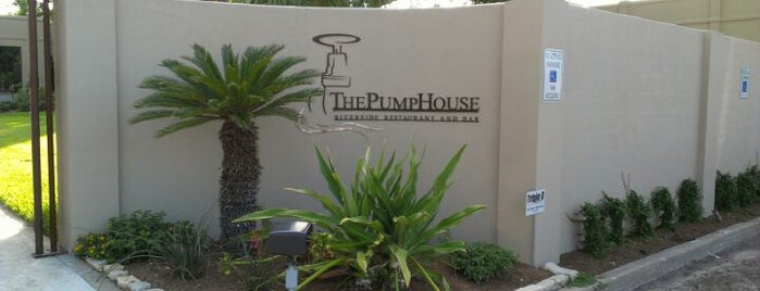 The PumpHouse Riverside Restaurant and Bar is one of Danikaさんの保存済みスポット.