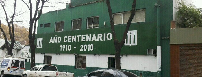 Club Atlético Excursionistas is one of Orte, die Gustavo gefallen.