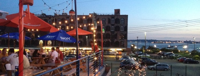 Brooklyn Crab is one of The Best Rooftop Bars in Brooklyn.