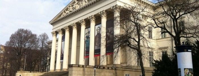 Magyar Nemzeti Múzeum is one of Must Do's in Budapest.