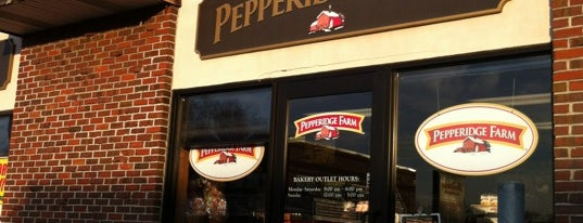 Pepperidge Farm Bakery Outlet is one of Margot'un Beğendiği Mekanlar.