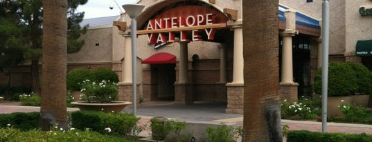 Antelope Valley Mall is one of Tempat yang Disukai Ms. Treecey Treece.