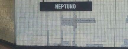Metro Neptuno is one of Linea 1 Metro de Santiago.