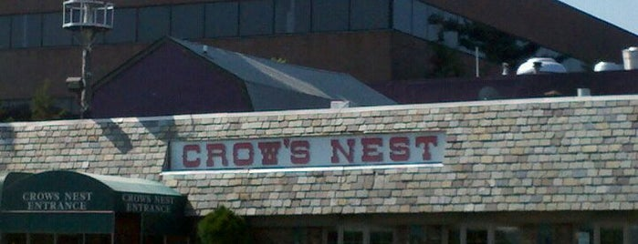 The Crow's Nest is one of Tempat yang Disukai Thea.