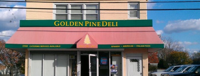Golden Pine Deli is one of Lieux qui ont plu à Alan.