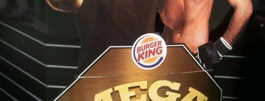 Burger King is one of Restaurantes, Bares e Coffee Shops favoritos.