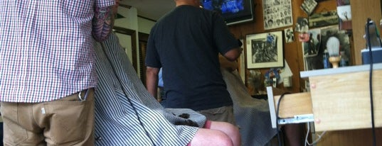 Lessard's Barber Shop is one of Posti che sono piaciuti a Marcus.