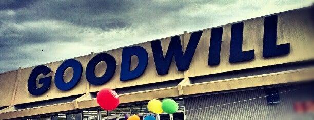 Goodwill - Peoria Store is one of William : понравившиеся места.