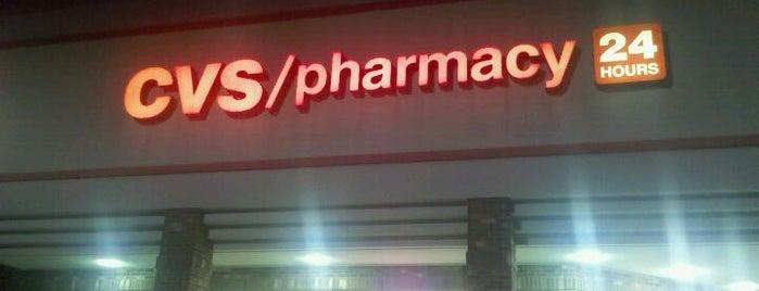 CVS pharmacy is one of Orte, die Gu3 gefallen.