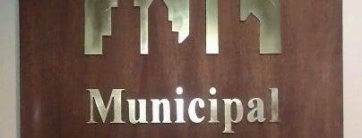 Municipal Credit Union is one of Posti che sono piaciuti a Lori.