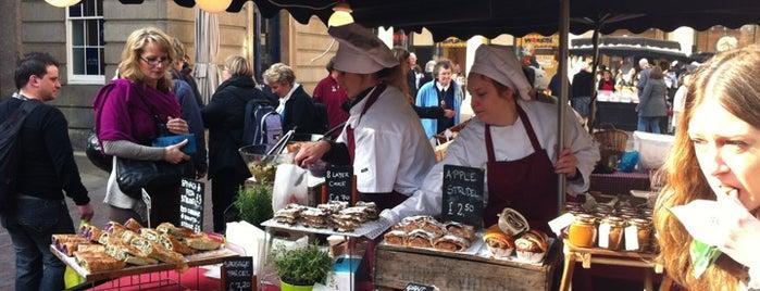Covent Garden Market is one of 런던의 마켓,빈티지,벼룩시장.