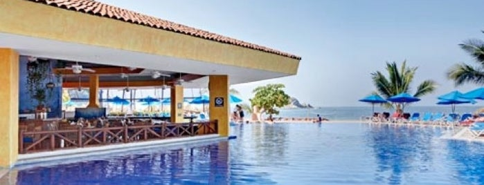 Barceló Ixtapa Beach is one of Orte, die Sergio M. 🇲🇽🇧🇷🇱🇷 gefallen.