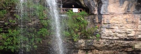 Çal Mağarası is one of Lugares favoritos de cnives.