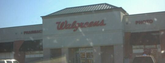 Walgreens is one of Kellyさんのお気に入りスポット.