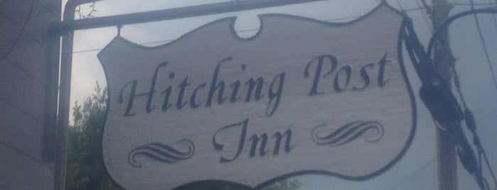 Hitching Post Inn is one of Lugares favoritos de Carrie.