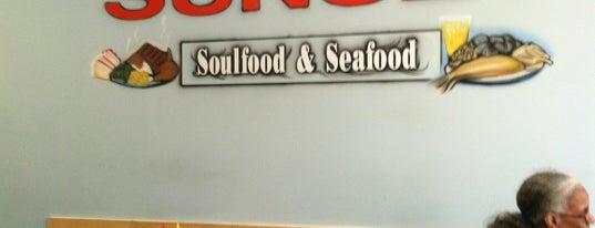 Sunset Soul Food is one of Posti salvati di Tony.