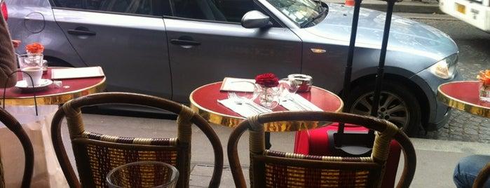 Café de la Comédie is one of Locais curtidos por Leonard.