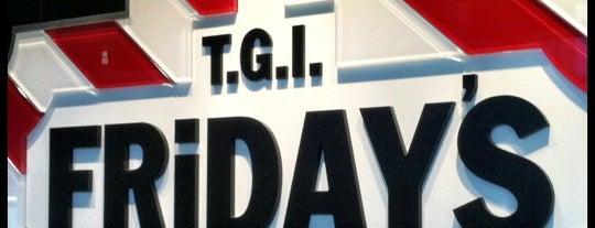 TGI Fridays is one of Chrisさんのお気に入りスポット.