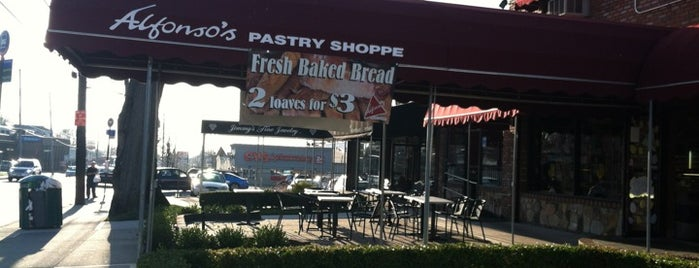 Alfonso's Pastry Shoppe is one of staten island.