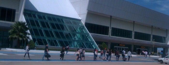 Aeroporto de Palmas / Brigadeiro Lysias Rodrigues (PMW) is one of Aeroportos.