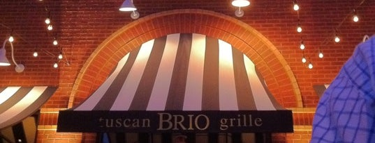 Brio Tuscan Grille is one of Locais curtidos por Teresa.