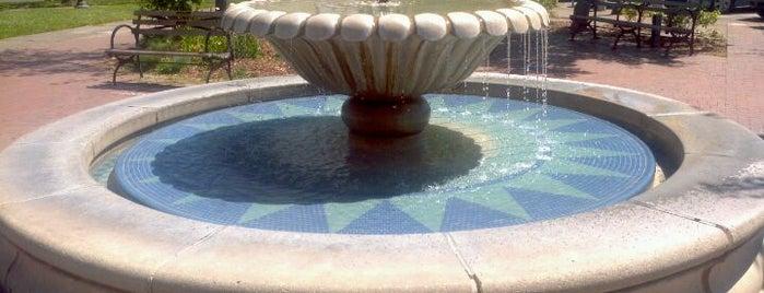 Sebastopol plaza is one of California 2012.