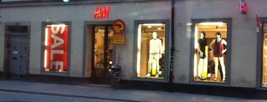 H&M Brunogallerian is one of Stockholm.