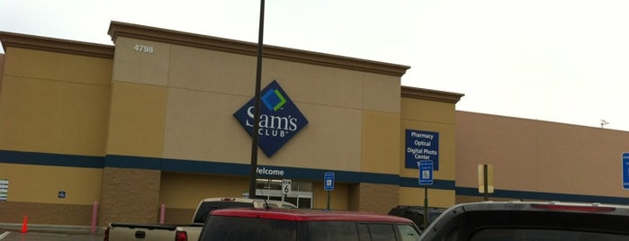 Sam's Club is one of Janet'in Beğendiği Mekanlar.