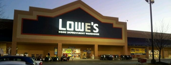 Lowe's Home Improvement is one of Locais curtidos por @TimekaWilliams.