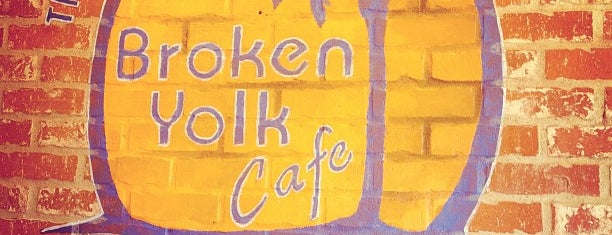 Broken Yolk Cafe is one of Locais curtidos por Veronica.