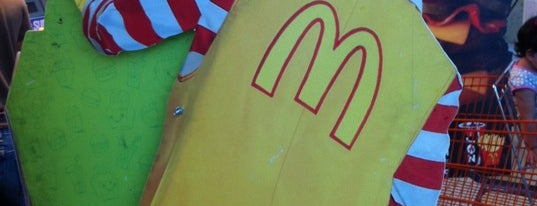 McDonald's is one of Carlosさんのお気に入りスポット.