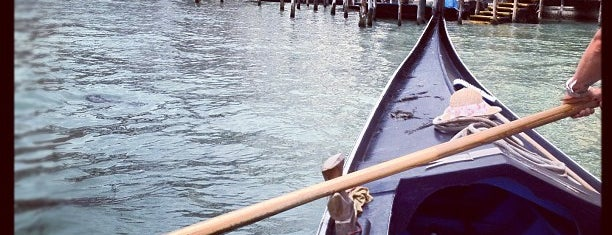 Imbarcadero ACTV San Tomà is one of Venezia.