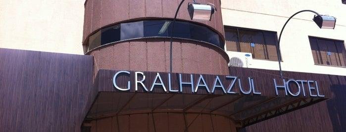 Hotel Gralha Azul is one of Locais salvos de Bárbara.