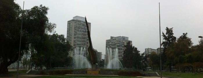 Plaza de la Aviación is one of Lugares, plazas y barrios de Santiago de Chile.