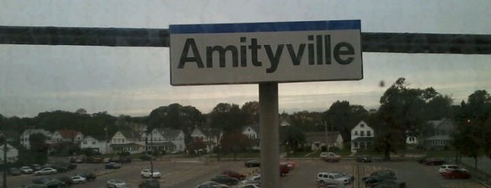 LIRR - Amityville Station is one of Posti che sono piaciuti a Ryan.