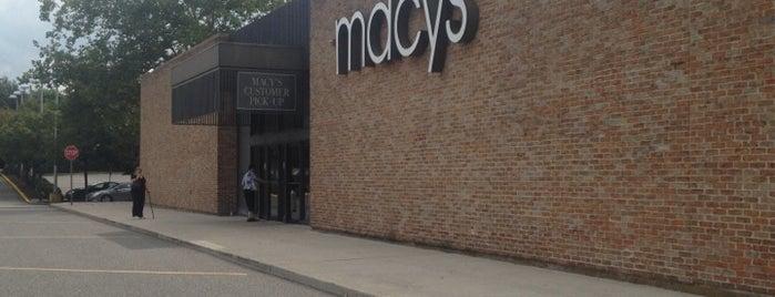 Macy's is one of Tempat yang Disukai Craig.